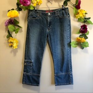 Levi's - Levi Cropped Blue Jeans - Size 11